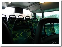 Kedd délelőtt nem sokan voltak a buszon a város irányába (bár este sem visszafelé)